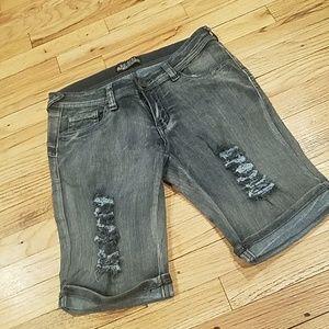 Nwot distressed bermuda shorts